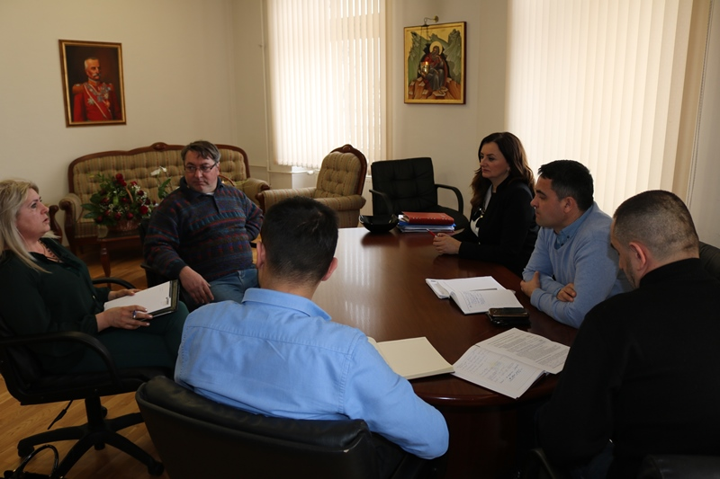 The Mayor of the Municipality of Mrkonjic Grad Divna Aničić had a meeting with the representatives of The Italian Company ''PROWOOD'' who signed a three year contract with IKEA.